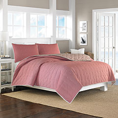 Shelford Red Coverlet