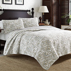 Tommy Bahama Skipper Sound Quilt Set
