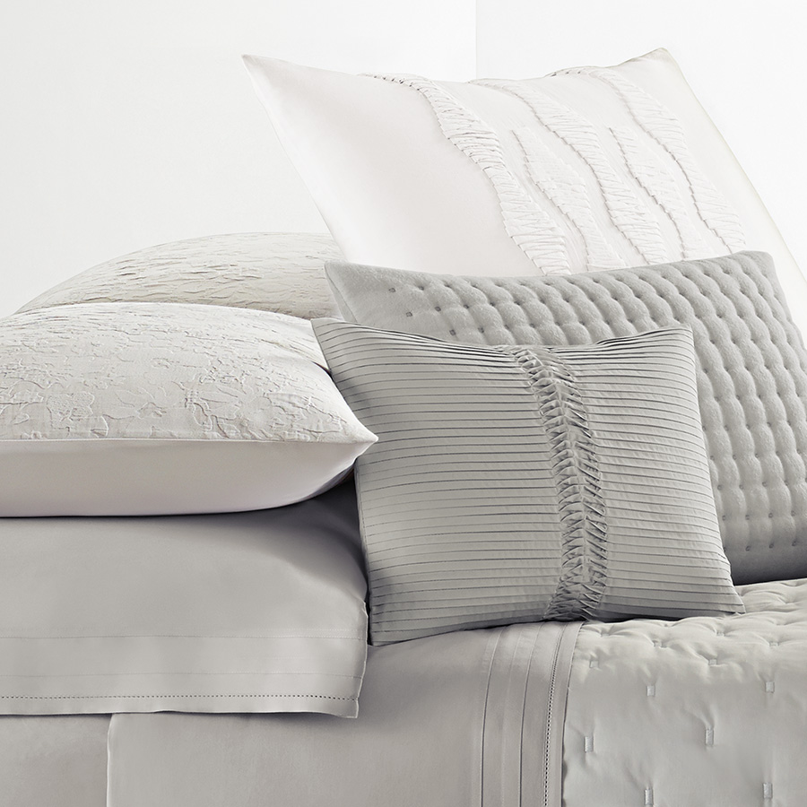 Vera Wang Textured Floral Duvet Cover From Beddingstyle Com