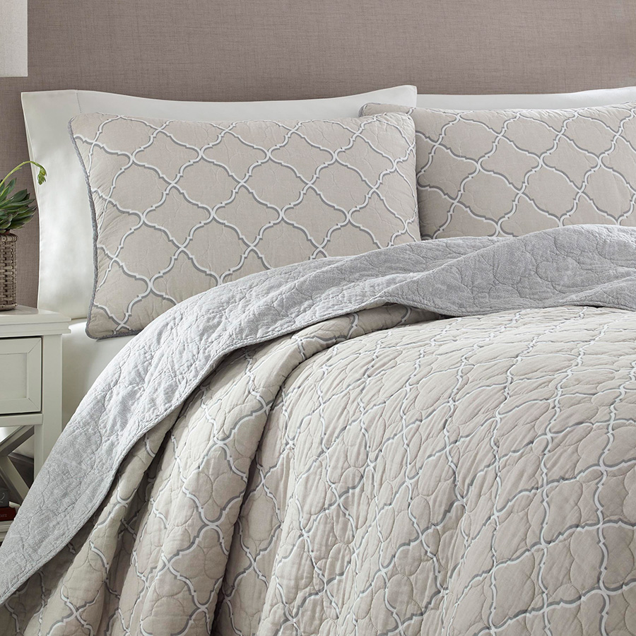 Tommy Bahama Travel Trellis Dune Quilt Set From