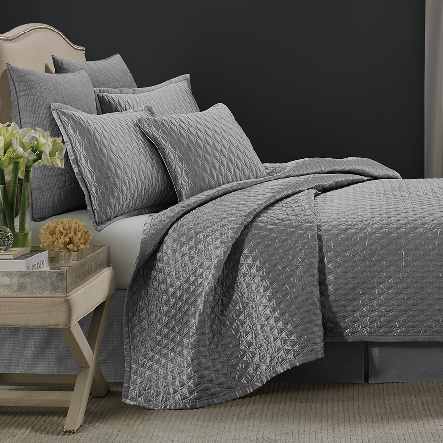 Candice Olson Blue Living Rooms: Candice Olson Ventura Loop Blue-Gray Duverlet From