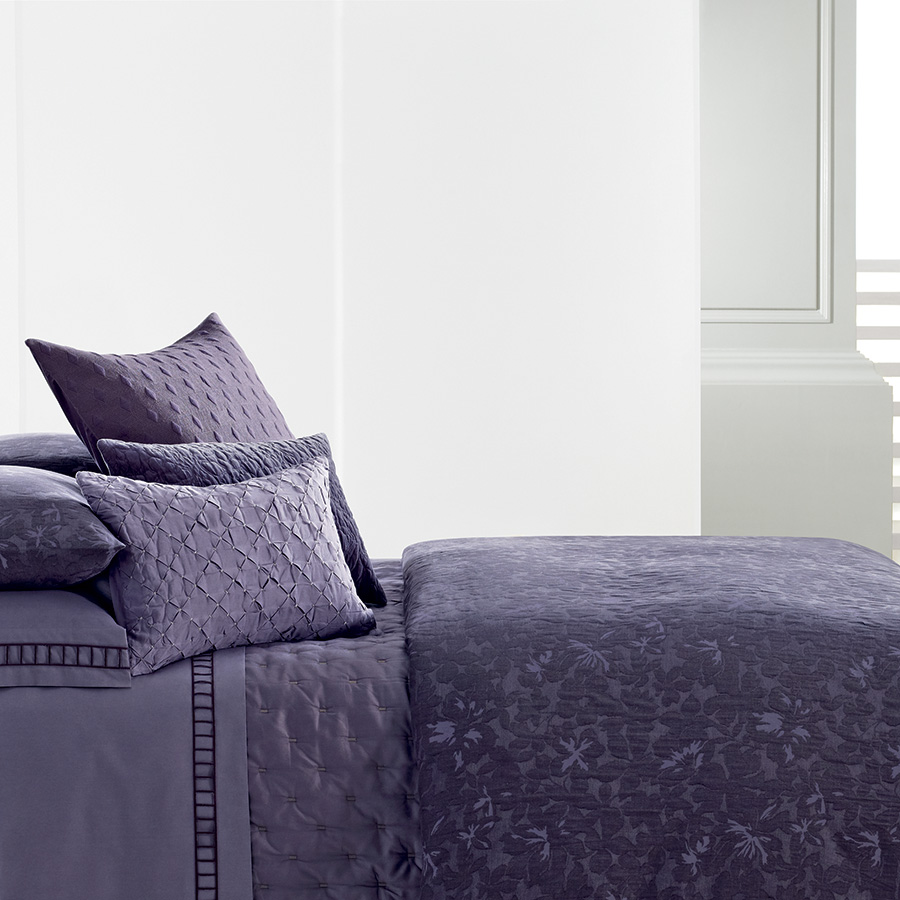 Vera Wang Violet Duvet Cover From Beddingstyle Com