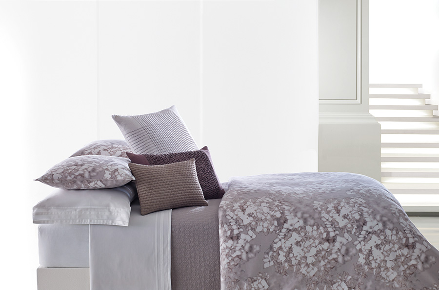 3c0a961fcdc745 883893283558. King Duvet Cover (Vera Wang Water Flower). EAN-13 Barcode of  UPC 883893377851. 883893377851