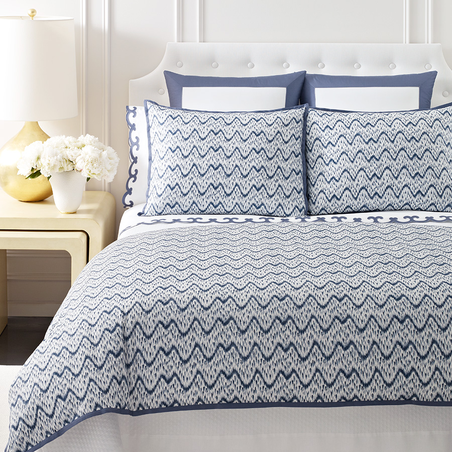 King Flat Sheet AERIN Scallop Blue