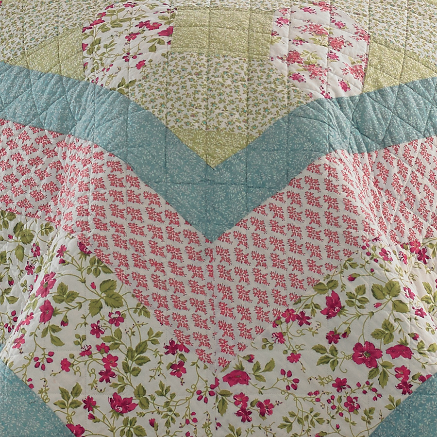 Laura Ashley Whitley Quilt From Beddingstyle Com