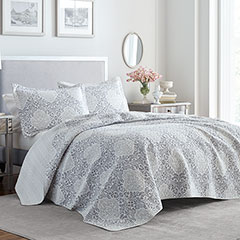 Laura Ashley Winnie Quilt Set